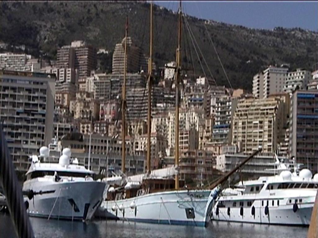 Diario di bordo pasqua 2003 for Porto montecarlo